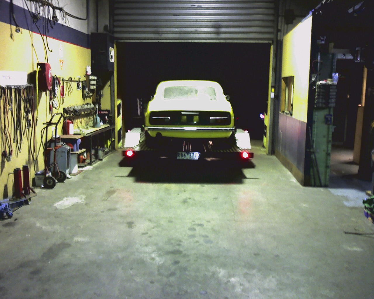 Yellow 240Z overhaul for trip back to Tassie
